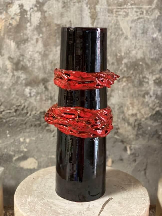Bình Gốm Đỏ Đen